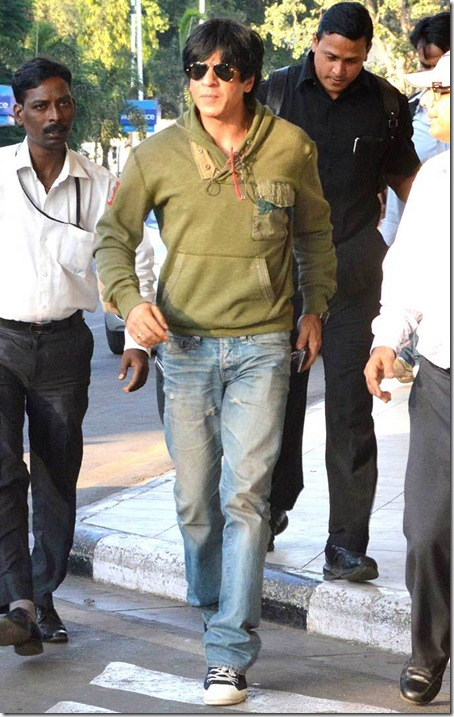 Shahrukh-Khan-Deepika-Padukone-Chennai-Express-Shooting-Goa-3