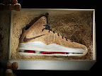 nike lebron 10 gr cork championship 6 07 @KingJames Wears NSWs Nike LeBron X Cork Off the Court