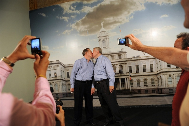 first-gay-marriage-ny-18