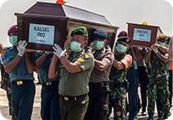 MENGENANG QZ8501 DUA LAGI MAYAT MANGSA DITEMUI