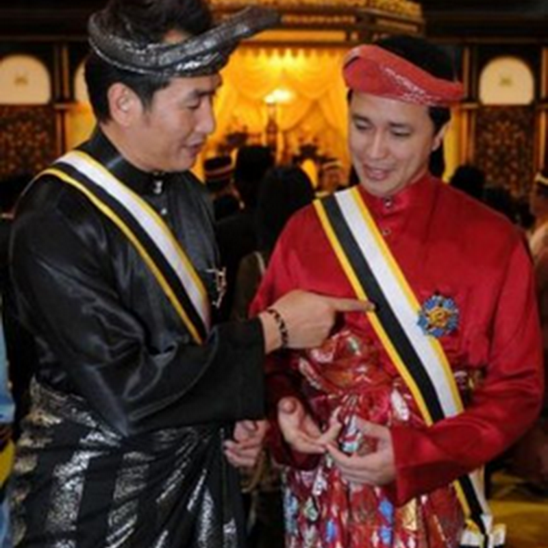 Dato' AC Mizal  n Dato' Eizlan Yusof  … Perghh..