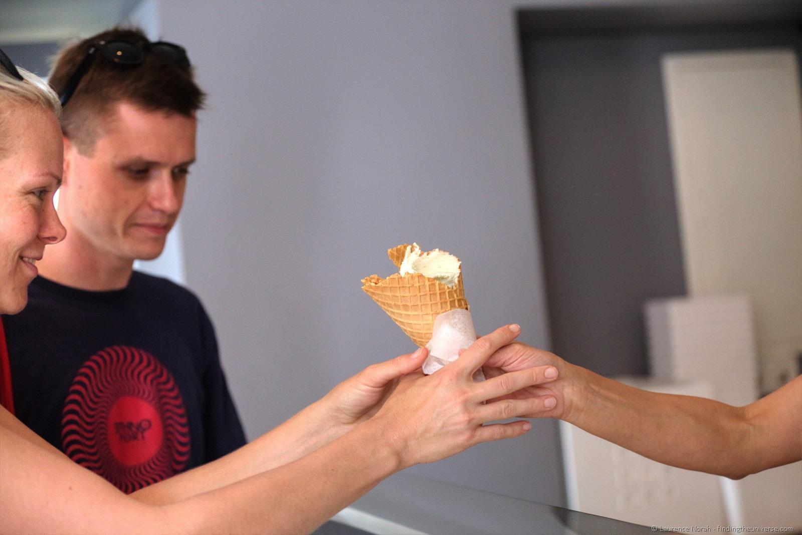 gelato Poznan ragazza
