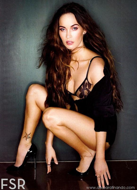 megan-fox-linda-sensual-sexy-sedutora-gostosa-pics-picture-fotos-foto-photos-vestido-saia-salto-lingerie-boobs-decote-sexta-proibida-desbaratinando (130)