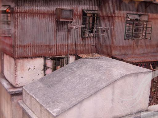 rios_minihk_old_house_04.jpg