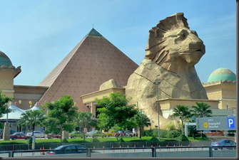 800px-Sunway_Pyramid_front