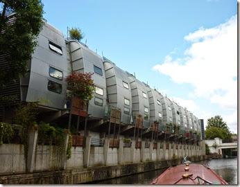 9 strange flats kentish town