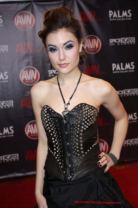 Sasha Grey Celebrity Style Trend Best Theme Group