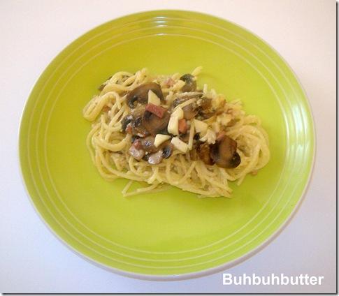 Spaghetti con fonduta, funghi e speck 2