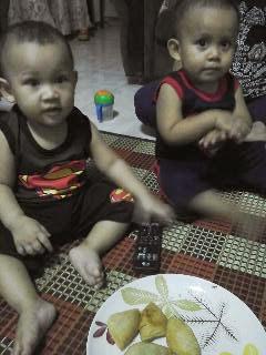 twins supermen
