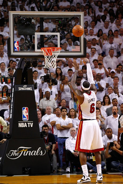 LeBron James Leads the Miami Heat in Crucial Game 3 Win