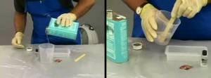 Proses pencampuran resin dengan katalis (10:1)