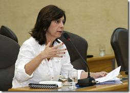 Márcia Maia participa de sessão plenária