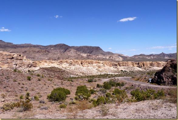 2012-09-27 -3- AZ, Oatman to Golden Valley -019