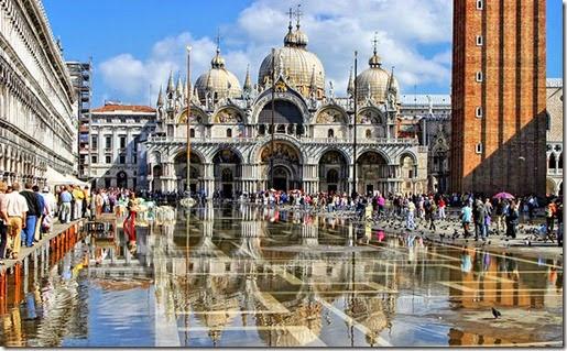 italy-venice-st-marks-basilica-square