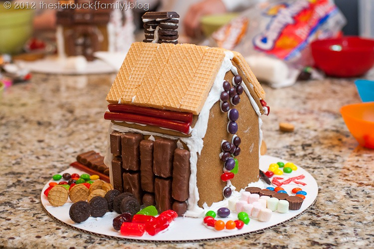 Gingerbread Houses 2012 blog-16