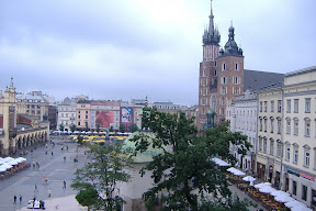 Krakow market square - looks a lot like Wroclaw&#039;s, doesn&#039;t it?