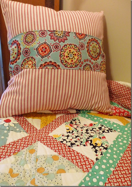 pillow 015