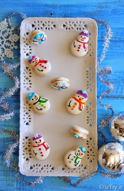 Snowman Macarons with Step-By-Step decoration pictorial.   http://uTry.it