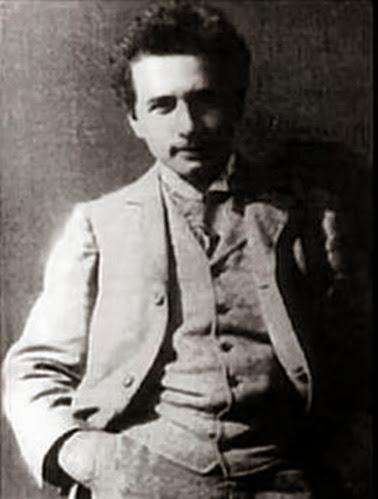 Einstein_1900