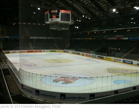 'postfinance arena' photo (c) 2010, Martin Abegglen - license: http://creativecommons.org/licenses/by-sa/2.0/