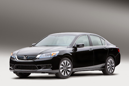 2014-Honda-Accord-Hybrid-01.jpg