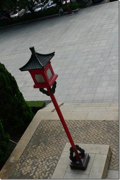Palace brass lantern 宮廷銅燈柱