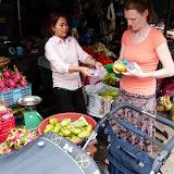 Der handles lækre saftige mangoer på markedet