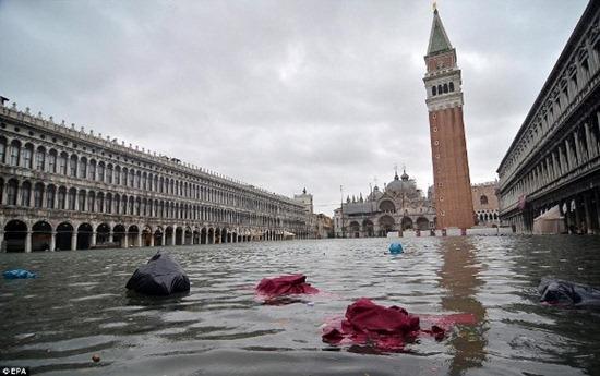 Veneza - enchente (1)
