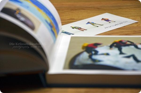 2v7Sachen_0216_im neuen Buch geblättert