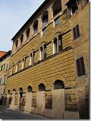 Via_roma,_palazzo_di_san_galgano_(1474),_02