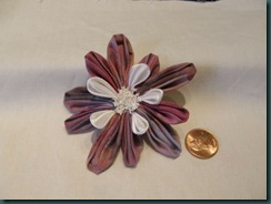 Kanzashi with three types of petals