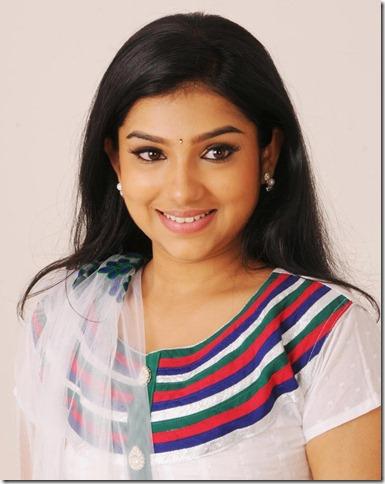 Tamil Actress Neeraja in Nenu Chala Worst Movie Stills