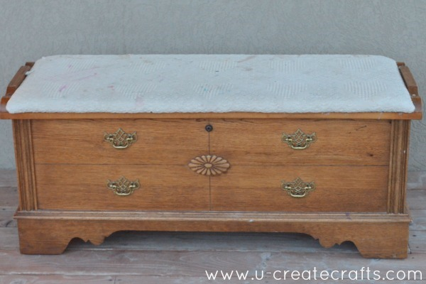 DIY Cedar Chest Makeover 1