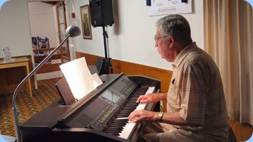 Jim Nicholson played for us on the Clavinova CVP-509 and also did a great job on the arrival music. Photo courtesy of Dennis Lyons.