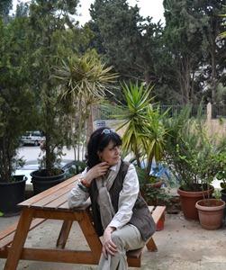 الكاتبة والروائية ماري القصيفي