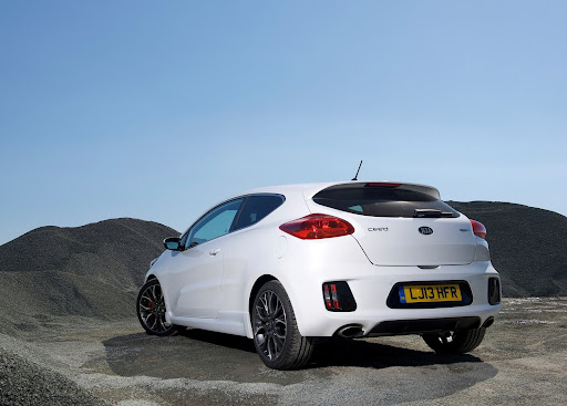 Yeni-Kia-Pro-Ceed-GT-2014-36.jpg