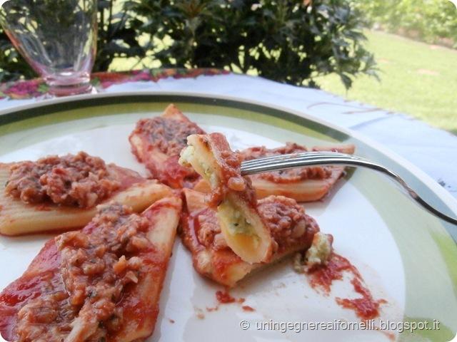 pennoni ripieni ragu merluzzo feta zucchine basilico