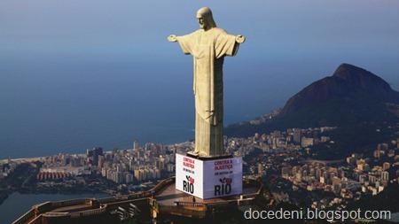 cristo-protesto-royalties-2011-11-07-size-598