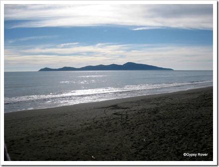 Kapiti island from Paekakariki.