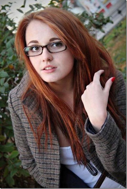 lindas mulheres de oculos (29)