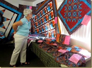 2014-03-01 - AZ, Yuma, Cactus Gardens Quilt and Art Show -008