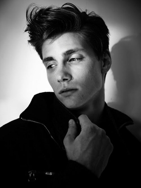 Dorian Reeves by Jason Mickle 6