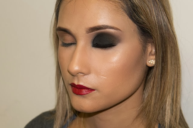 smokey eye black