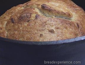 roasted-garlic-parmesan-pot-bread 018