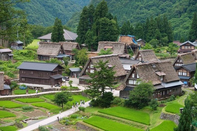 gassho-zukuri farmhouse-11