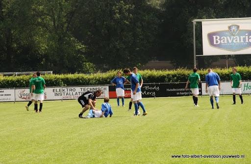 sss 18 familie en sponsorentoernooi 05-06-2011 (11).JPG