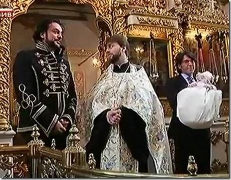 Подобедов в обществе Филиппа Киркорова во время скандального крещения дочери певца в одном из московских храмов