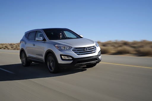 2013-Hyundai-Santa-Fe-Sport-05.jpg