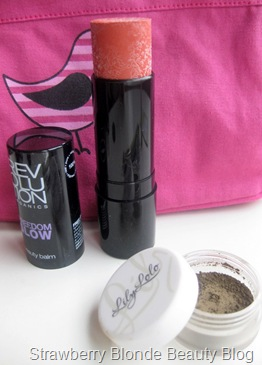 Cute-cosmetics-recover-organic-beauty-bag-set