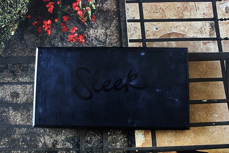 sleek-oh-so-special-eyeshadow-palette-review-swatches